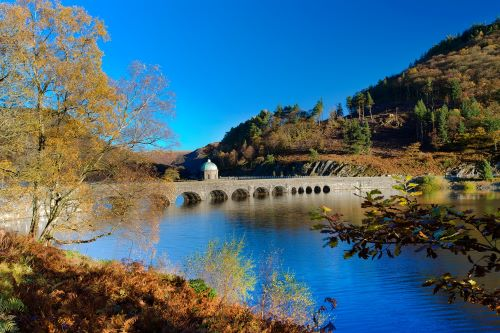 Coach holiday Wales Elan Valley
